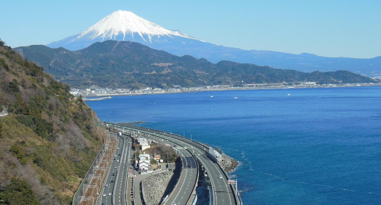 東海道一の絶景といわれるさった峠