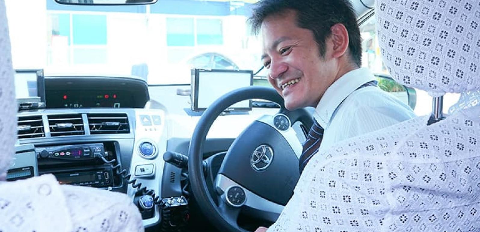 タクシードライバーの先輩社員