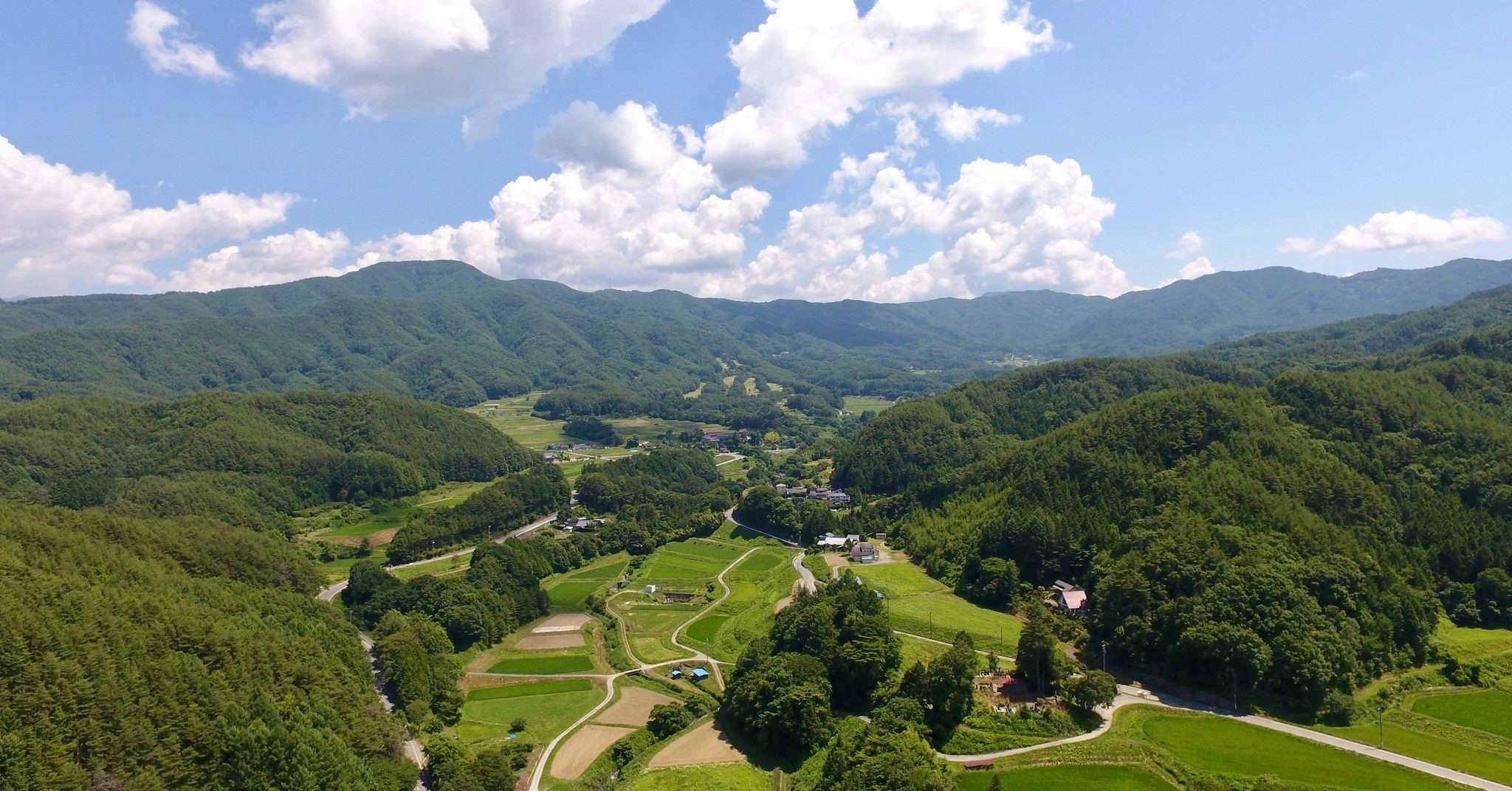 田舎の雰囲気を堪能できる里山地域