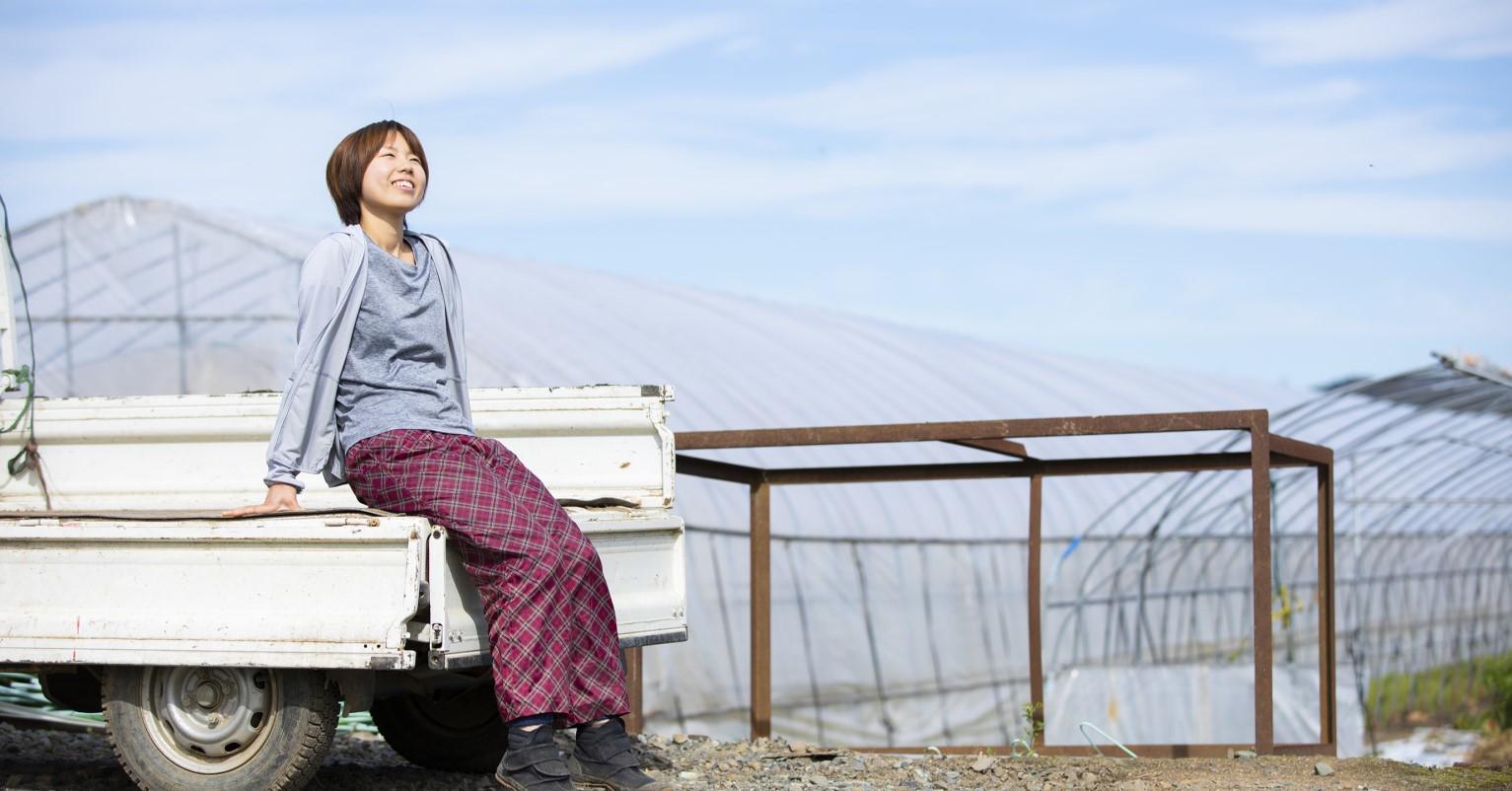 大阪府内の動物病院に勤務後、栗山に移住。