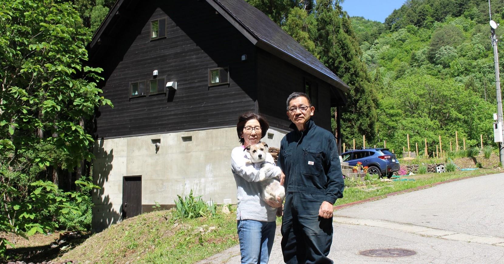 東京都から夫婦+老犬で只見に移住、田舎暮らし満喫中。