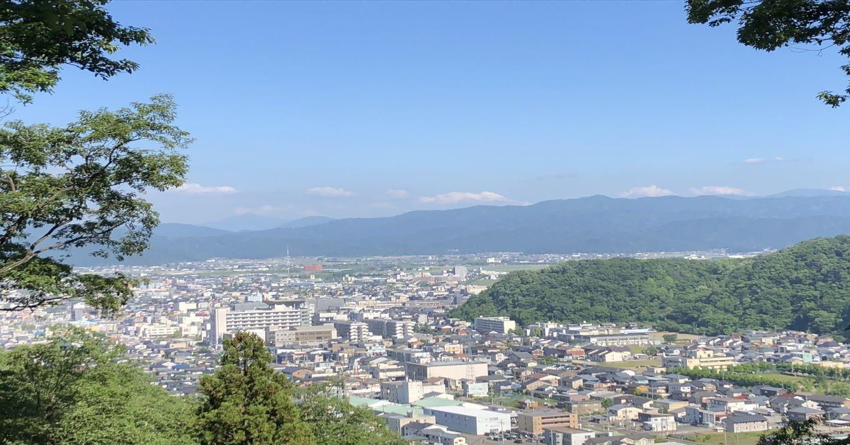 足羽山から望む福市街