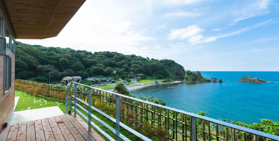 木ノ浦海岸を一望する美しい景観