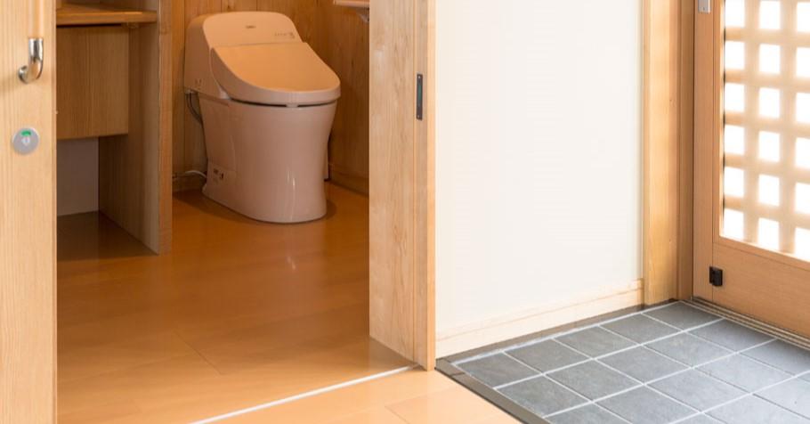 トイレ(コテージ内)