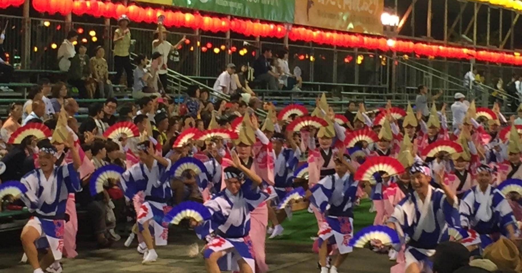 徳島で有名なのが「阿波踊り」と「鳴門の渦潮」です!